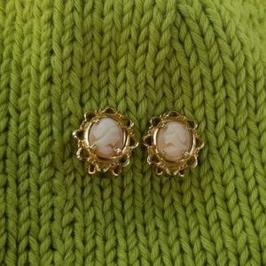 Jewelry - Cameo pale peach cream clip on earrings vintage
